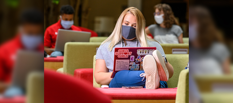 students studying on the UW-Madison campus