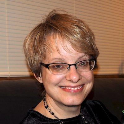 Headshot Brenda Spychalla