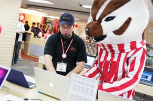Love Technology And Helping People Then We Have The Position For You Doit Tech At Uw Madison Offers Latest Most Cutting Edge